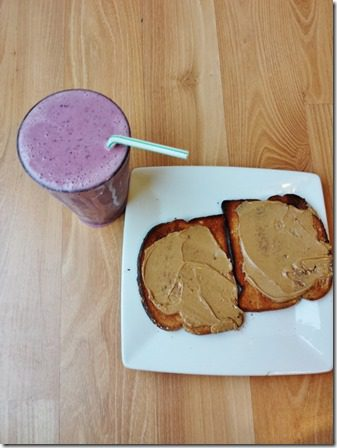 toast and smoothie after running (600x800)