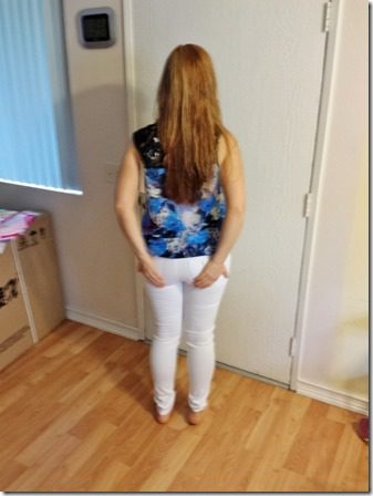 why girls with big butts dont wear white jeans (600x800) (600x800)