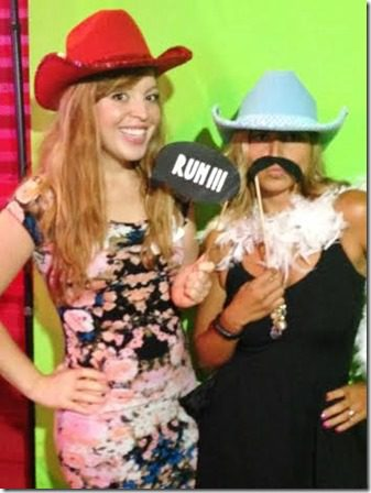body pop photo booth party (350x467)