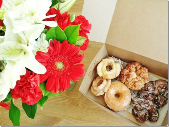 flowers and donuts (800x600)