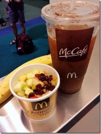 healthy airport breakfast (600x800)
