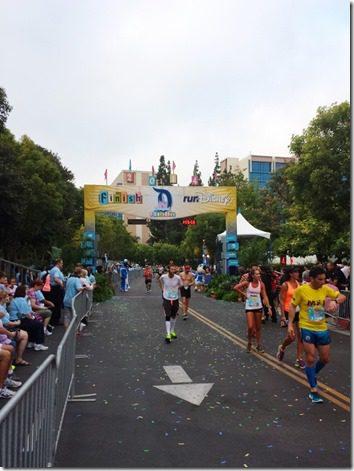 disneyland half marathon review running blog 5 (600x800)