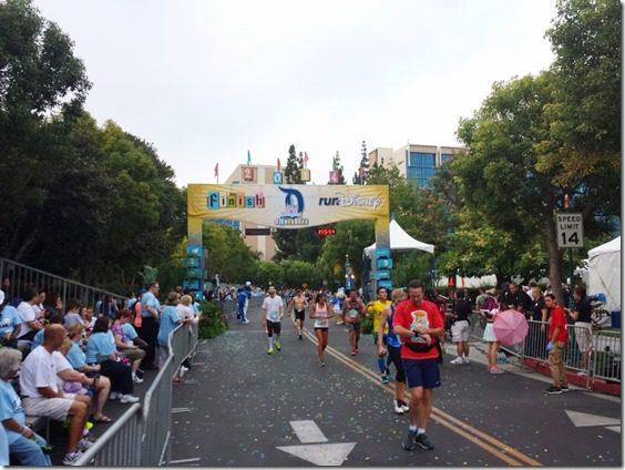 disneyland half marathon review running blog 6 (800x600)