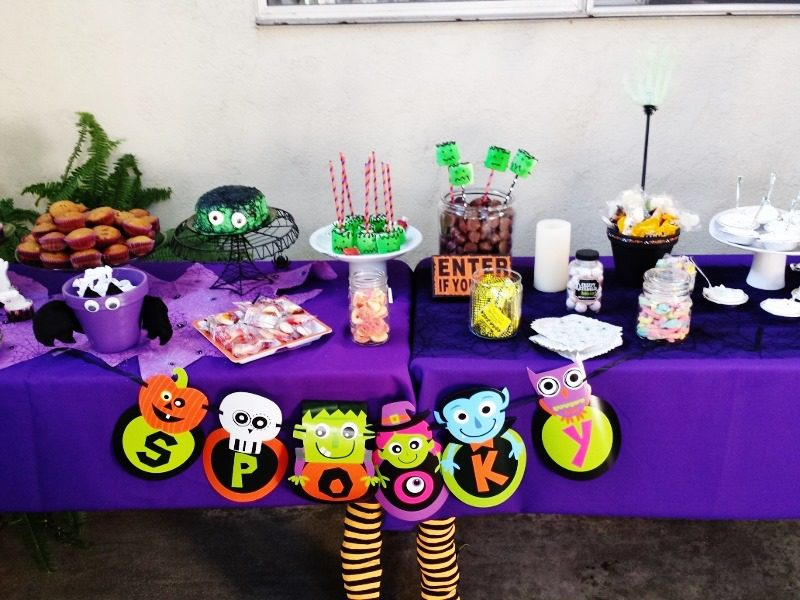 95+ Halloween Birthday Party Centerpieces - Minnie Mouse Inspired ...