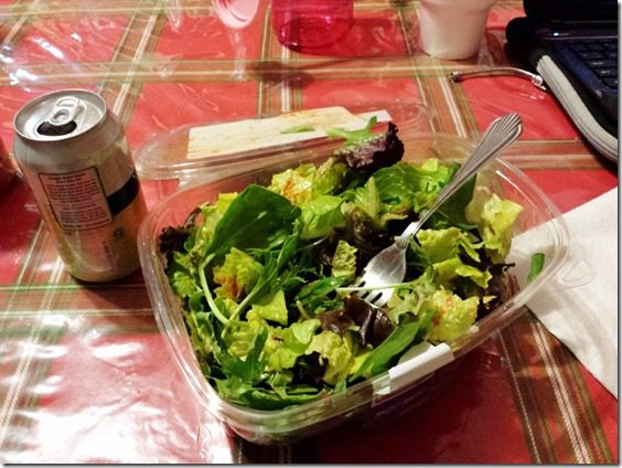 salad in a container thinger (800x600)