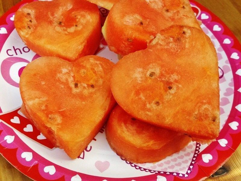 healthy valentines day treats watermelon 800x600 - Healthy Valentines Treats