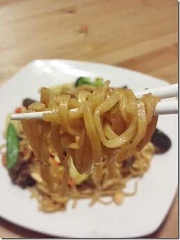 chopsticks for dinner (600x800)