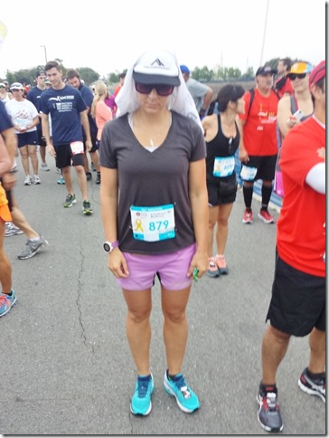 skinny runner is super ready for this half marathon (600x800)