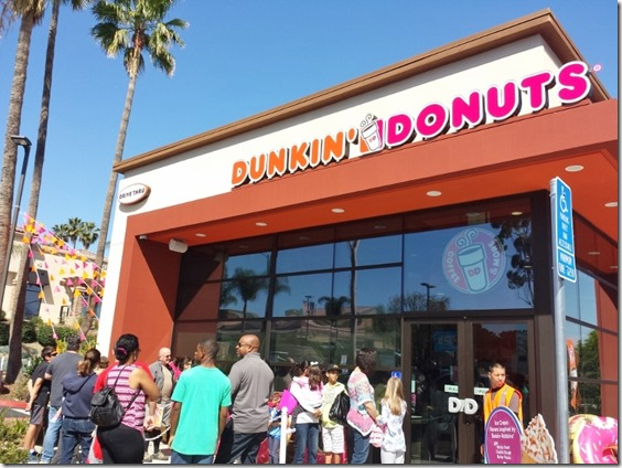 dunkin donuts opens in orange county blog 7 (800x600)