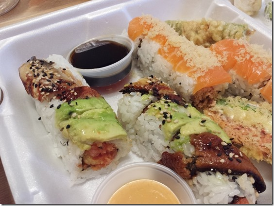 sushi take out for a friday night (800x600)