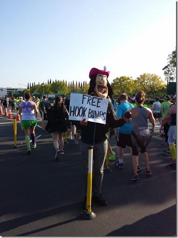 tinkerbell half marathon disneyland run blog 10 (600x800)