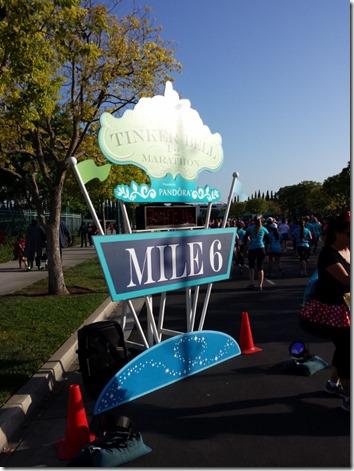tinkerbell half marathon disneyland run blog 13 (600x800)