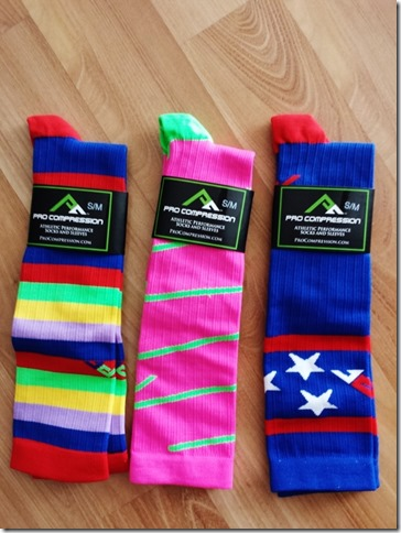 the new procompression running socks (600x800)