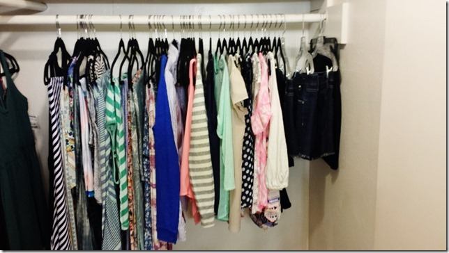 caspule wardrobe for summer (800x450)