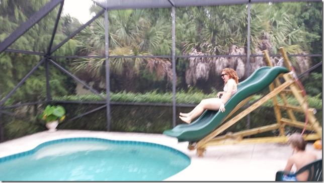 homemade pool slide fun (800x450)