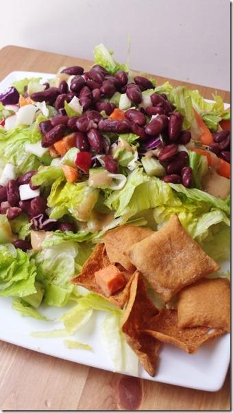 toufayan chips and salad (450x800)