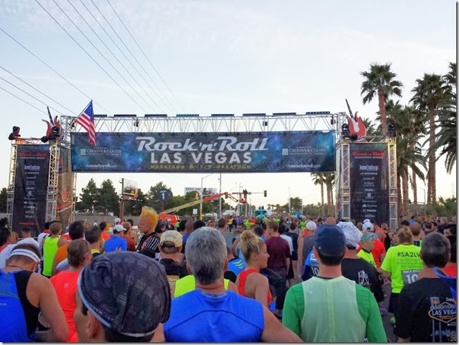 rock n roll las vegas half marathon start (668x501)