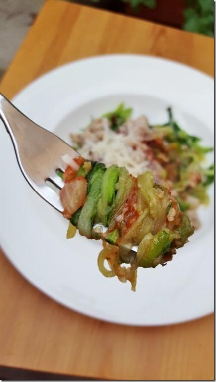 zucchini noodles (450x800)