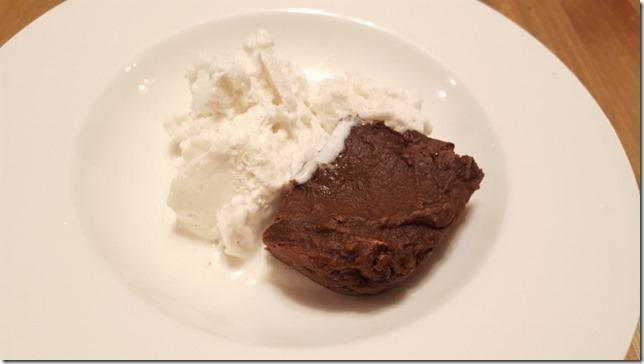 2 ingredient fudge brownies recipe (800x450)