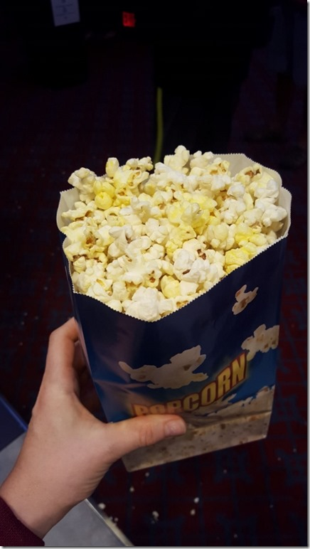 movie popcorn is the best (450x800)
