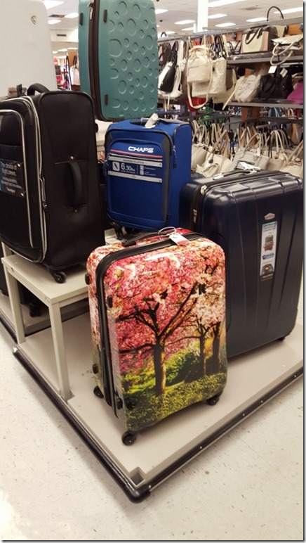 shopping for luggage (450x800)