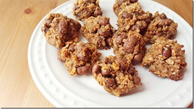 3 ingredient pb cookies (800x450)