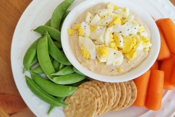 This Is The BEST Way To Top Hummus