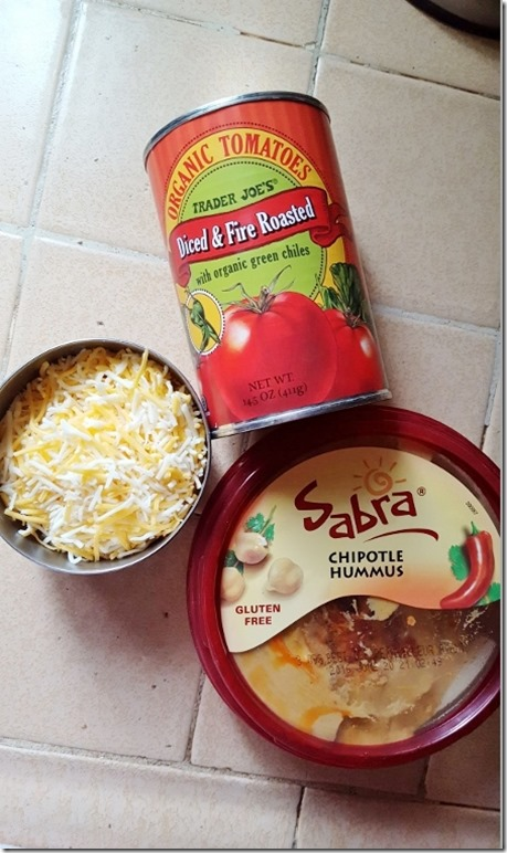 cheesy hummus dip recipe 2 (800x450)