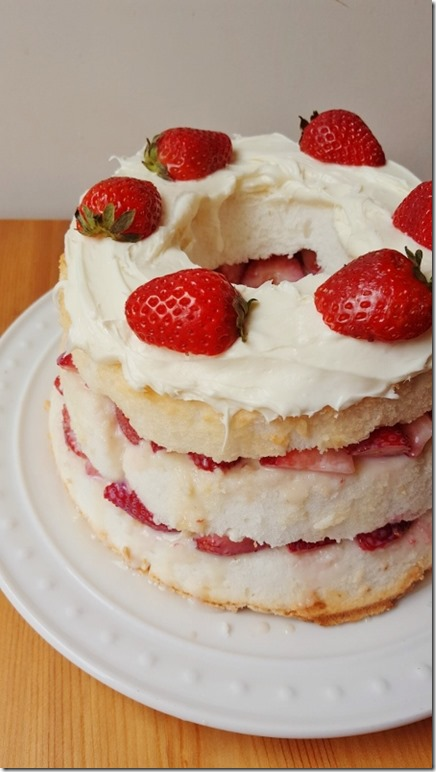 strawberries and cream cake recipe 8 (450x800)