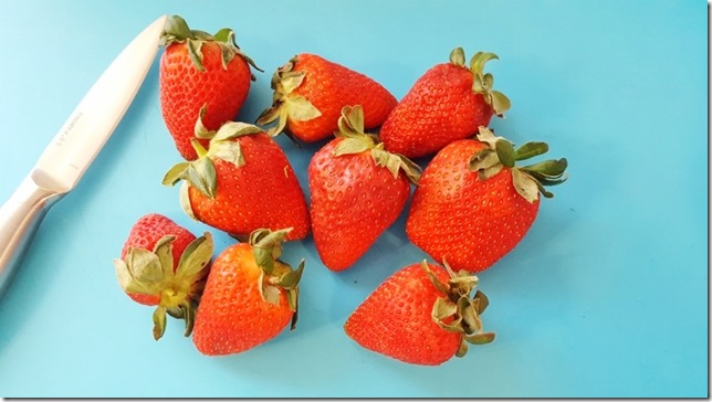strawberry eat clean snack (450x800)