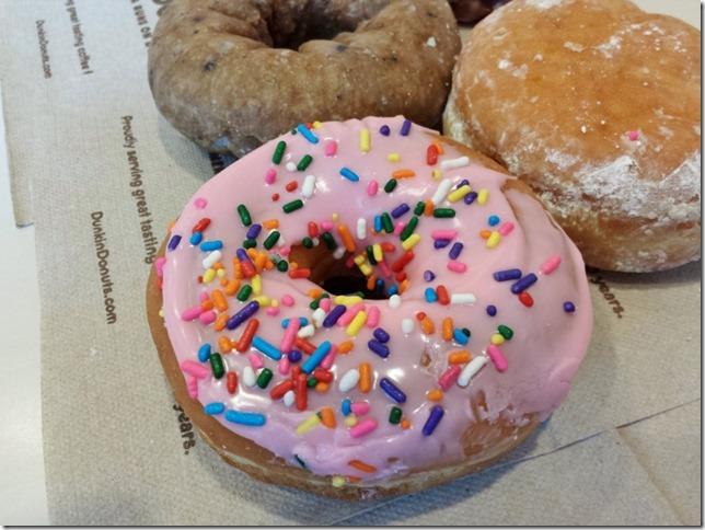dunkin donuts tasting (800x600)