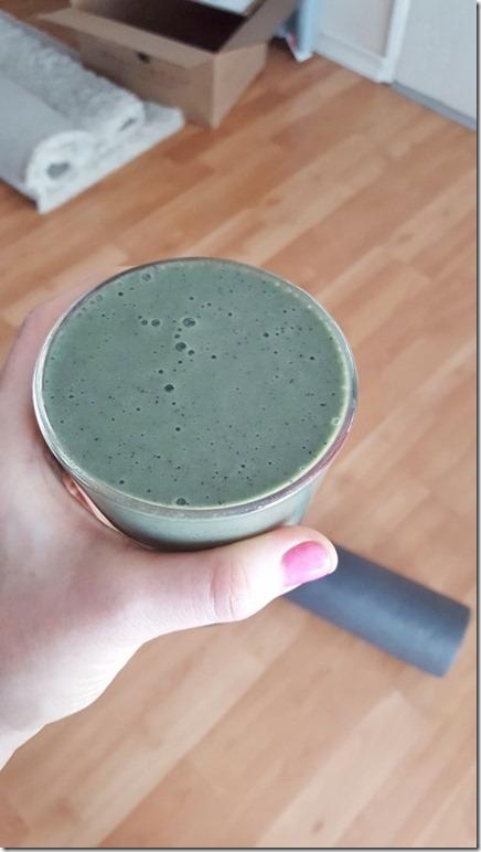 green smoothie everday (450x800)