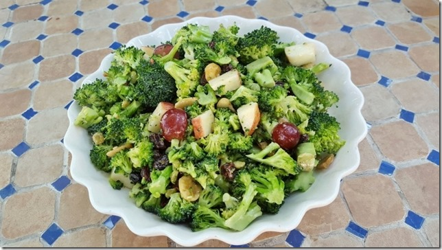 broccoli salad recipe blog 1 (800x450)