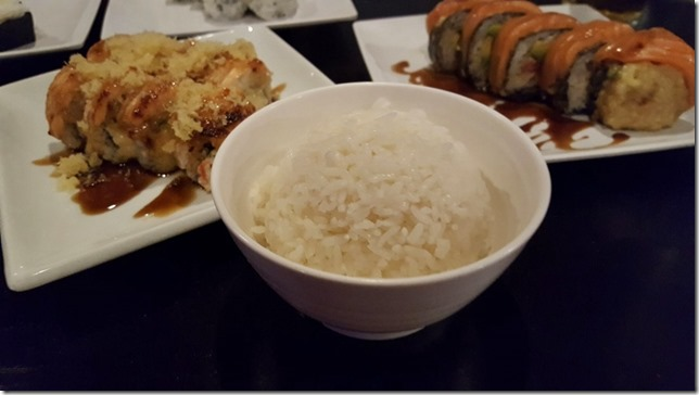 side of rice with sushi (800x450)