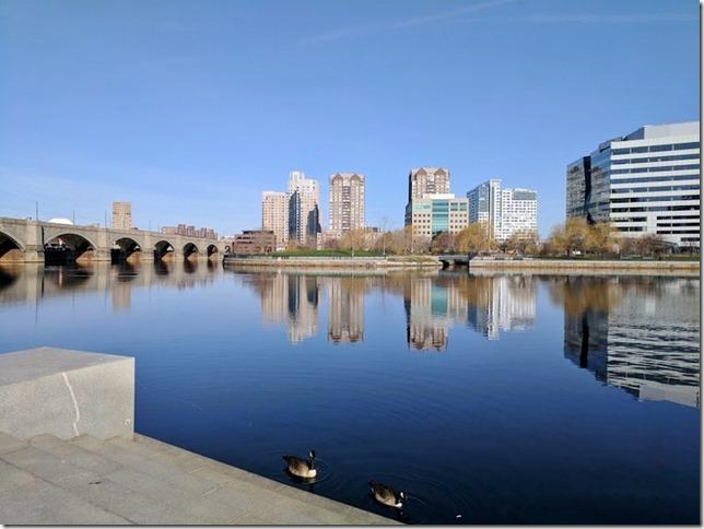 boston marathon race travel (800x600)