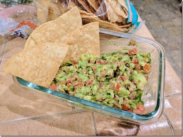guacamole at home (785x589)