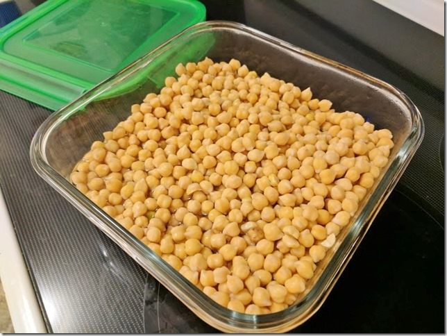 making chickpeas in the crockpot 2 (785x589)