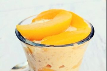 Peaches and Cream Overnight Oats
