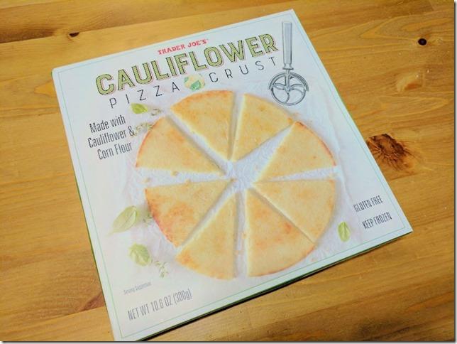 trader joes cauliflower pizza crust (785x589)