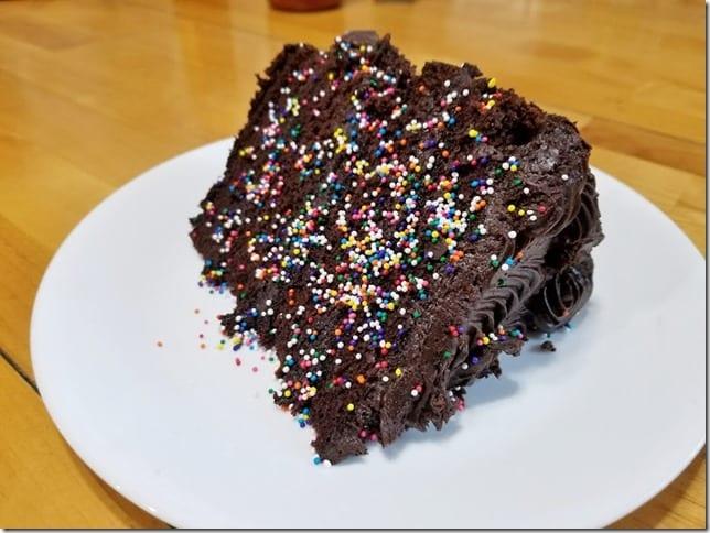costco chocolate cake (784x588)