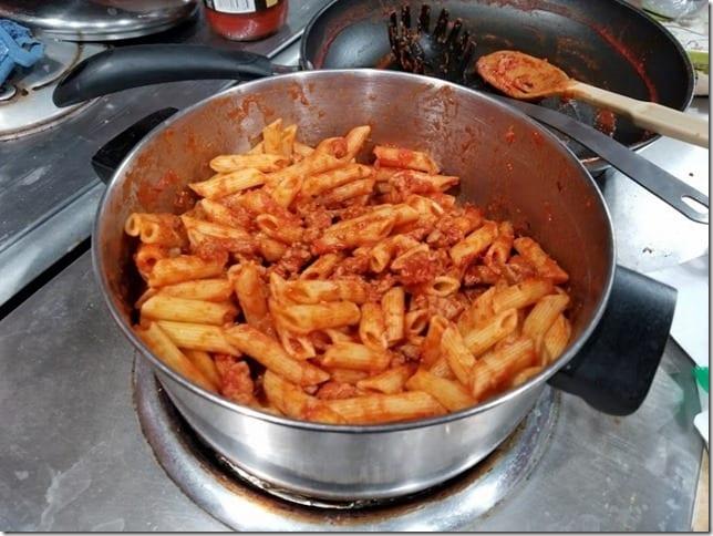 eat pasta run fasta (800x600)