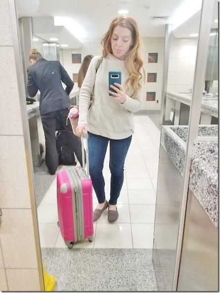 travel selfie (441x588)