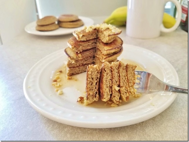 3 ingredient banana pancakes recipe 22 (784x588)