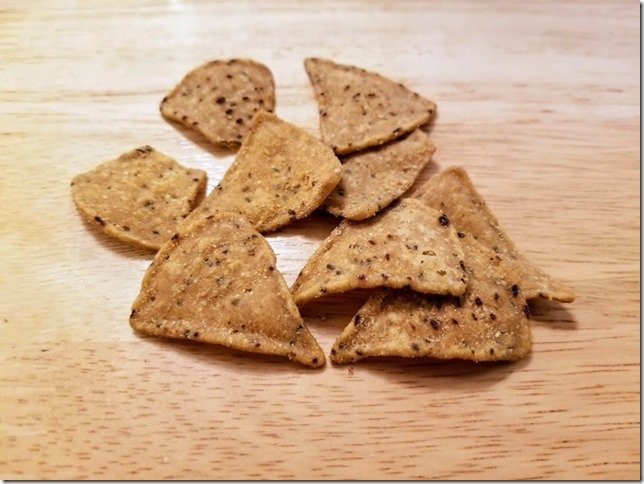 cricket chips food with bug protein powder (800x600)