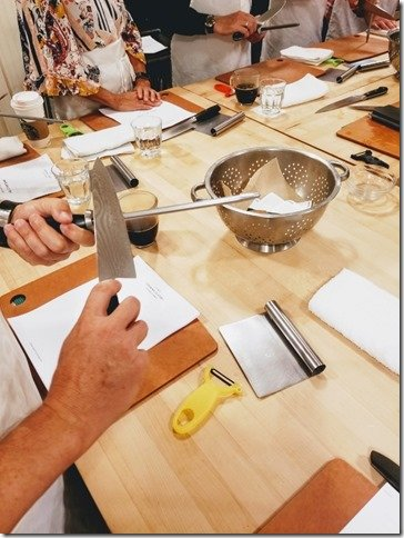 sur la table knife skills cooking class 101 a