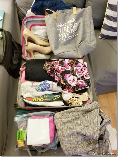 packing for Las Vegas Half Marathon rock n roll run (470x626)